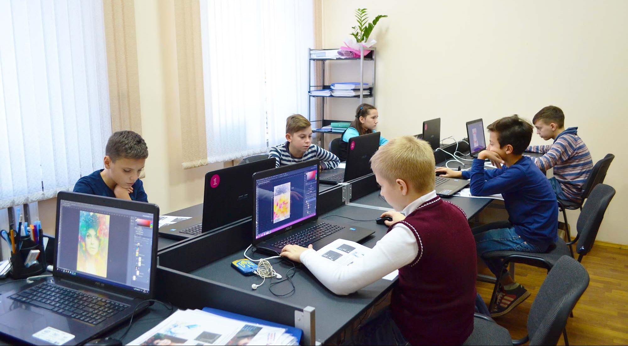 """New IT School у дитячій телевізійній програмі """"Віконечко"""""""
